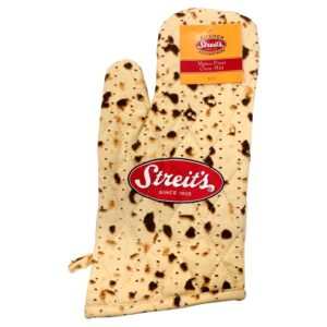 Streit's Matzah Print Design - Passover Kitchen Accessory Set - Oven Mitt and Pot Holder